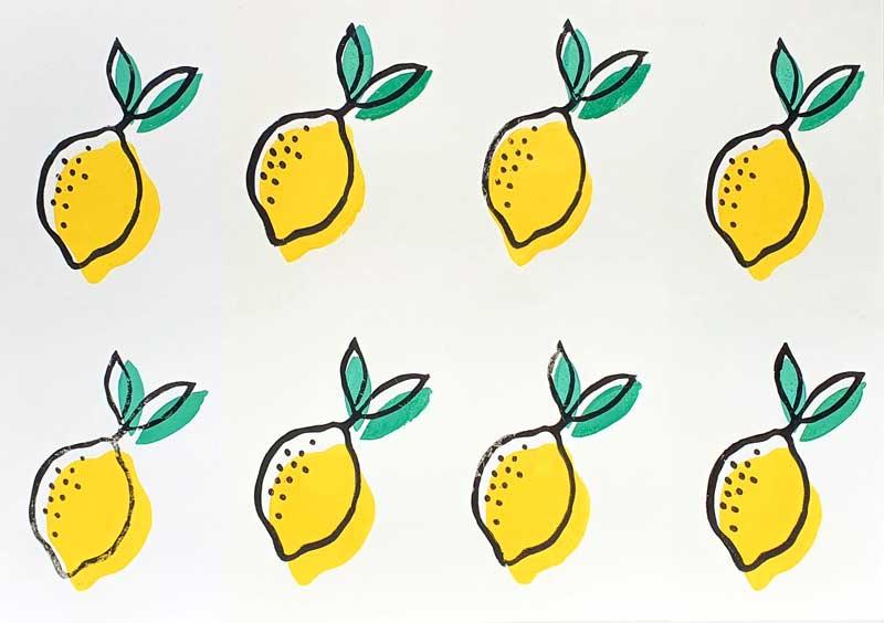 Mit Linolstempeln gedruckte Zitronen
